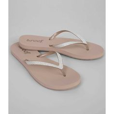 Reef Stargazer Flip ($30) ❤ liked on Polyvore featuring shoes, sandals, flip flops, white, glitter sandals, strap sandals, white strap sandals, white strappy shoes and strappy sandals
