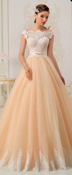 Romantic Tulle Off-the-shoulder Neckline A-Line Wedding Dress With Lace Appliques & Belt
