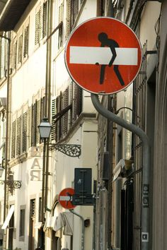 Florence street sign art by Clet.