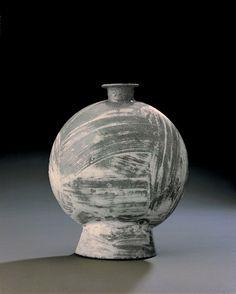 Buncheong Bottle, Joseon Dynasty