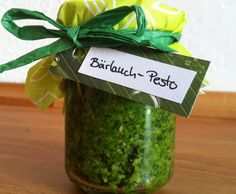 Rezept Bärlauchpesto mit Cashewnüssen von tkdBine - Rezept der Kategorie Saucen/Dips/Brotaufstriche