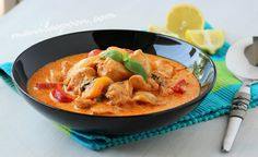 Manila Spoon: Easy Thai Red Chicken Curry - done in 30 minutes or less but the results are flavorful and rewarding! :)