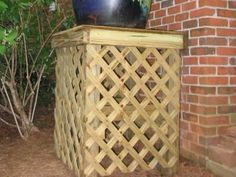 Building a rain barrel platform Outdoor Art, Outdoor Gardens, Outdoor Ideas, Outdoor Projects, Pallet Projects, Outdoor Living, Rain Barrel Stand Diy, Decorative Rain Barrels, Water Barrel