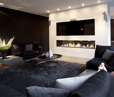 Fireplace / TV neat basement idea - Model Home Interior Design Cosy Living Room, House Design, Fireplace Design, Living Room With Fireplace, Living Room Designs, Home Living Room, Media Room, House Interior, Room Design