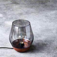 NEW WORKS Bowl Bordlampe Rå Kobber m. Røkt Glassskjerm