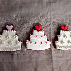 結婚式のオーダークッキーです。 - 50件のもぐもぐ - ウエディングケーキのアイシングクッキー❤︎ by yurika