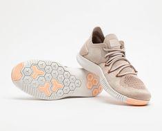 Nike x Liberty SpringSummer 2015 Collection �?Elaborate