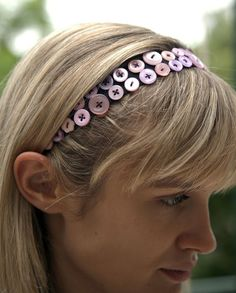 Things you can make with buttons: headband To make for the girl, with my vintage buttons!