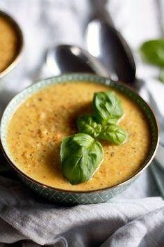 Vegane-cremige--Grünkernsuppe-mit-Kokosmilch---ein-einfaches-Grünkernrezept, Suppenrezept