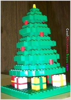 Lego Tree from 16 Crazy Yet Awesome Alternate Christmas Trees Lego Christmas Tree, Unusual Christmas Trees, Different Christmas Trees, Creative Christmas Trees, Alternative Christmas Tree, All Things Christmas, Christmas Humor, Kids Christmas, Christmas Tree Decorations