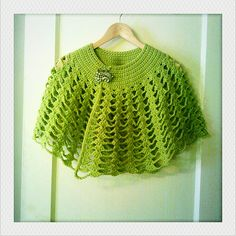 Crochet Capelet, free pattern from Lionbrand.