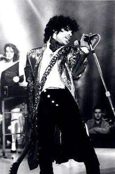 #92 - Prince - Purple Rain - http://www.myvideo.de/watch/6729113/Prince_Purple_Rain