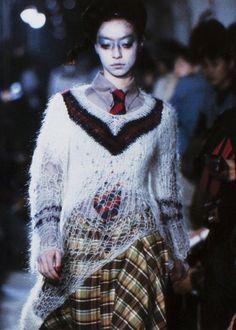 I like the deconstructed preppy-punk look. Very cool. kireishi:  shinichiro arakawa fall/winter 1997-98