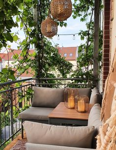 Small Balcony Design, Small Balcony Garden, Small Balcony Decor, Balcony Ideas, Small Patio, Patio Ideas, Garden Ideas, Apartment Balcony Decorating, Apartment Balconies