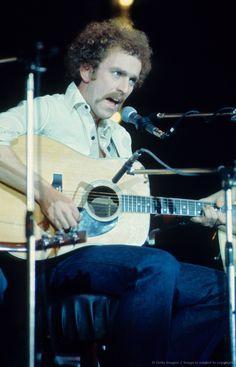 Bernie Leadon Eagles Music, Eagles Band, Flying Burrito Brothers, History Of The Eagles, Country Rock Bands, Bernie Leadon, Randy Meisner, Glenn Frey, American Music Awards