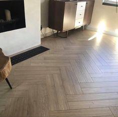 Beautiful Flooring, Wood Floors, Floor Design, Oak Wood Floors, Oak Laminate, Hardwood Floors, Herringbone, Flooring, Oak