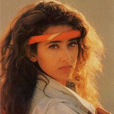 photos of Manisha Koirala Vintage Bollywood, Indian Bollywood, Bollywood Stars, Bollywood Actress, Beautiful Lips, Beautiful Women, Bollywood Pictures, Attractive People, Great Hair