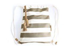 Vale BACKPACK, mochila tejido y cuero, de tejido rayas marron. Personalizada con tus iniciales.