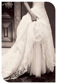 Vintage wedding dress Vintage wedding dresses Love the lace!