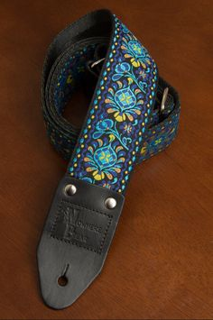Blue/Yellow/Black Vintage-styled Guitar Strap