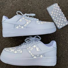 These Louis Vuitton inspired custom sneakers were created using stencils that can be found in our shop. Dr Shoes, Cute Nike Shoes, Swag Shoes, Cute Nikes, Cute Sneakers, Hype Shoes, Shoes Jordans, Air Jordans, Shoes Sneakers