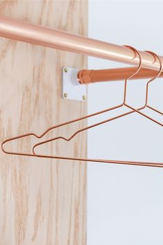 Modern Minimalist Copper Wire Hangers. ANTHOM