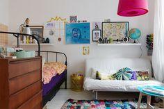 <p>Já faz um tempinho que tô juntando grana pra comprar meu apartamento aqui em São Paulo. A ansiedade de um espaço só pra mim fez com que vááários sites de decoração entrassem na minha lista de favoritos. Um deles é oangarin.livejournal.com. Foi lá, em um post mais antigo, que encontrei fotos de um apartamento com […]</p>