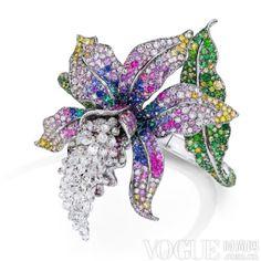 Interview Priciest Chinese Jewelry Designer Anna Hu is part of Chinese jewelry Design - p> Jewelry Show, High Jewelry, Jewelry Art, Jewelry Accessories, Unique Jewelry, Jewelry Ideas, Silver Jewelry, Anna Hu, Titanic Jewelry