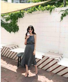 Korean Fashion Trends you can Steal – Designer Fashion Tips Korean Fashion Trends, Korea Fashion, Asian Fashion, Daily Fashion, Girl Fashion, Spring Outfits Women, Fall Fashion Outfits, Ulzzang Fashion, Girly