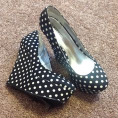 HOT!!! Polka Dot Wegdies!!!💕❤️💕 Gently used // 4 1/2 inch heels //these ran small ...I wear an 8 but the shoes are a size 9... They fit perfect 💋💋 Shoes Wedges