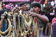 12 Reasons Why Sarojini Nagar Is Every Girl's Shopping Paradise