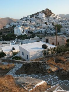 #south_aegean Cycladetic footpath, Ios island, Greece