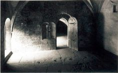 Heat storage hypocaust outlets in the floor