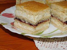 Hamis mézes krémes... Bologna, Sandwiches, Food, Essen, Meals, Paninis, Yemek, Eten