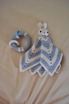 Baby Knitting, Crochet Baby, Knit Crochet, Crafts To Do, Hobbies And Crafts, Amigurumi Toys, Handicraft, Hello Kitty, Weaving