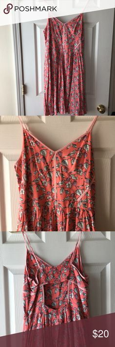 Coral LC dress Gorgeous coral dress with floral and bird print. Clean and great condition. Fast shipping LC Lauren Conrad Dresses