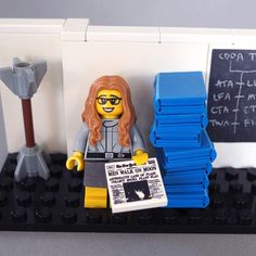 LEGO Projekt: Margaret Hamilton, computer scientist: While working at MIT under contract with NASA in the Hamilton developed the on-board flight software for the Apollo missions to the moon. She is known for popularizing the modern concept of software. Margaret Hamilton, Legos, Katherine Johnson, Moon Missions, Apollo Missions, Teaching Boys, Lego Ninjago Movie, Lego Store, Lego Construction