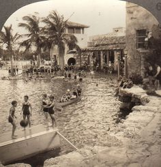 Venetian Pool / 1920