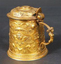 AUGSBOURG, époque début XVII's : Chope dite Tankard en vermeil à