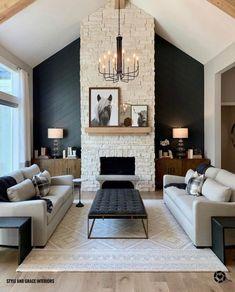 Home Living Room, Living Spaces, Living Room Accent Wall, Living Room Decor, Comfortable Living Rooms, Style Deco, Deco Design, Living Room Inspiration, Home Fashion