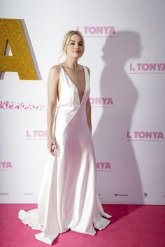 "Margot Robbie Photos - Margot Robbie arrives at the Australian Premiere of ""I, Tonya"" on January 23, 2018 in Sydney, Australia. - 'I, Tonya' Australian Premiere - Arrivals"