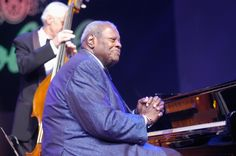 """#TodayinHistory Oscar Peterson was born on 15th August 1925  Oscar Emmanuel Peterson, CC, CQ, OOnt was a Canadian jazz pianist and composer who was born on 15th August 1925 and died on 23rd December, 2007. He was called the """"Maharaja of the keyboard"""" by Duke Ellington, but simply """"O.P."""" by his friends. Read more at http://www.laughspark.com/today-in-history-on-15th-august-14296/today-in-history-oscar-peterson-was-born-on-15th-august-1925-3412 #Laughspark"""