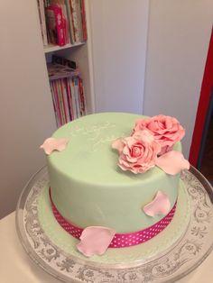 Pastel flower cake