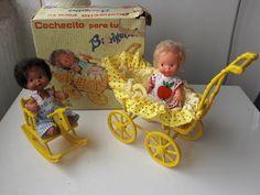 Los Barriguitas de Famosa: NUEVAS ADQUISICIONES!!!!!!!!!!! =D Antique Dolls, Vintage Dolls, 70s Toys, Sweet Memories, Paper Dolls, Dollhouse Miniatures, Childhood Memories, Toddler Bed, Christmas Ornaments