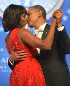 "President Barack Obama Kissing 1st Lady Michelle Obama During The Inaugural Ball.... ""Let's Stay Together""....."