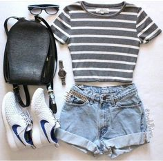 30 Summer Outfit Ideas to Upgrade Your Look 2019 summer outfits damen - O U T F I T S - Modetrends Cute Summer Outfits, Spring Outfits, Trendy Outfits, Outfit Summer, Casual Summer, Summer Dresses, Autumn Outfits, Summer Diy, Summer Clothes For Teens