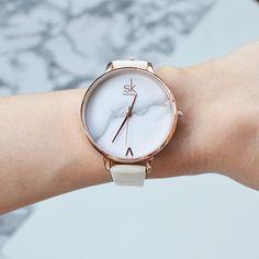 Shengke Top Marke Mode Damen Uhren Elegante Weibliche Quarzuhr Frauen  Minimalismus Leder Uhr Montre Femme Marmor 1b531458d80