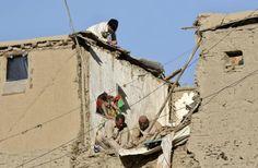 Terremoto deixa 145 mortos no Afeganistão e Paquistão (foto: EPA)