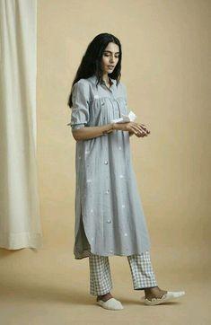 Dress Modest Casual Blouses Ideas For 2019 Modest Dresses, Trendy Dresses, Simple Dresses, Nice Dresses, Casual Dresses, Modest Clothing, Kurta Designs Women, Blouse Designs, Pakistani Outfits