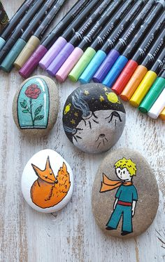 The Little Prince story stones tutorial Rock Crafts, Diy Crafts To Sell, Diy Crafts For Kids, Arts And Crafts, The Little Prince Story, Prince Stories, Painted Rocks Craft, Story Stones, Rock Painting Designs